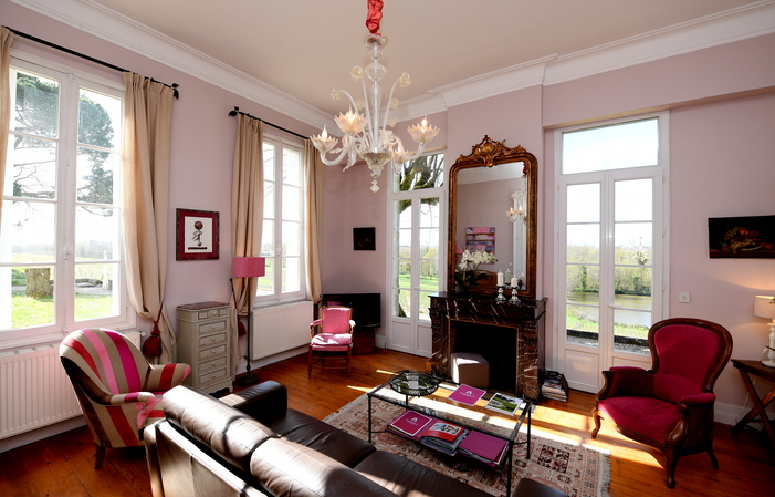 The House of Tournefeuille: Magnificent! €800.00
